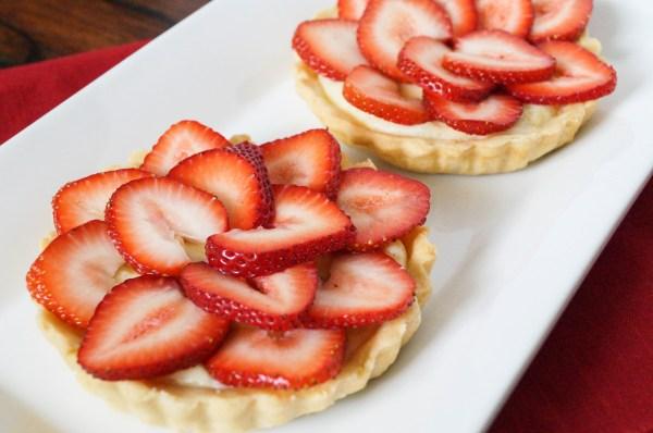 cardamom strawberry tartlet (5 of 6)
