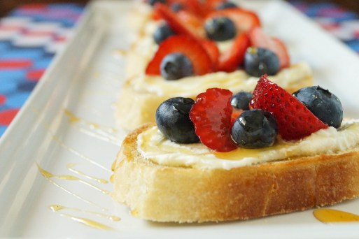 berry crostini (2 of 3)