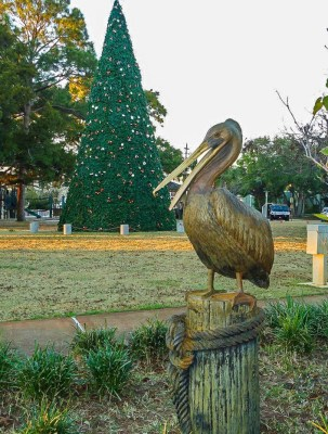 View of Pelican Statue and large Christmas Tree at The Landing.
