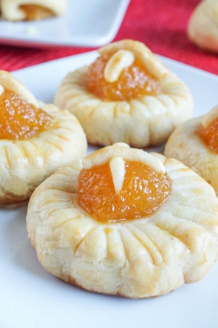 Kueh Tart (Malaysian Pineapple Tarts)