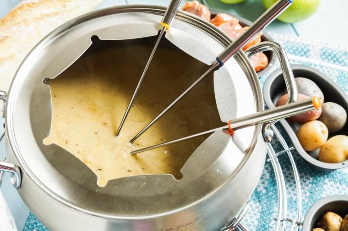 Caramelized Shallot Gruyere Fondue (2 of 3)