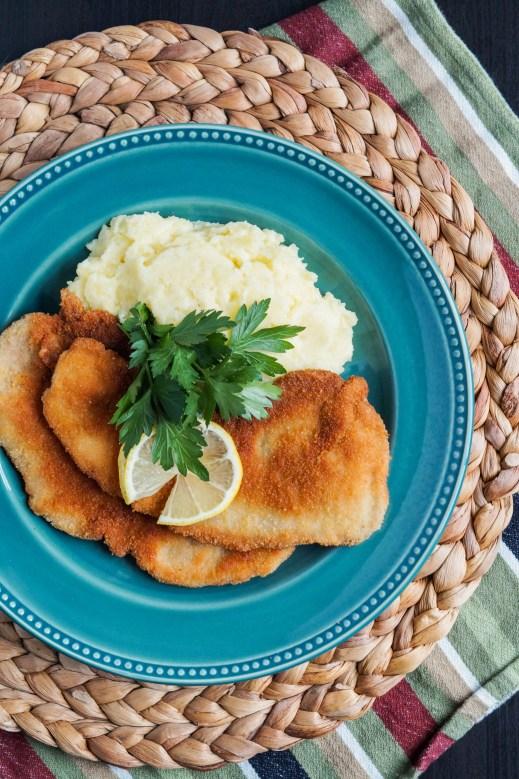 smazeny-veprovy-rizek-czech-breaded-pork-cutlet-1-of-3