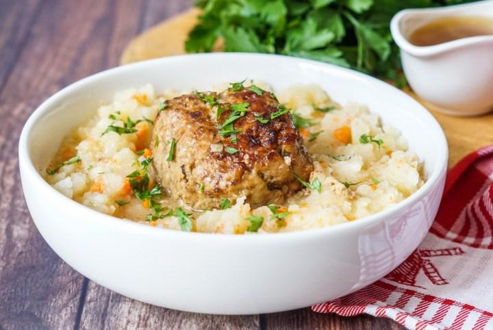 Hutspot met Gehaktballen (Dutch Mashed Potatoes and Carrots with Meatballs)