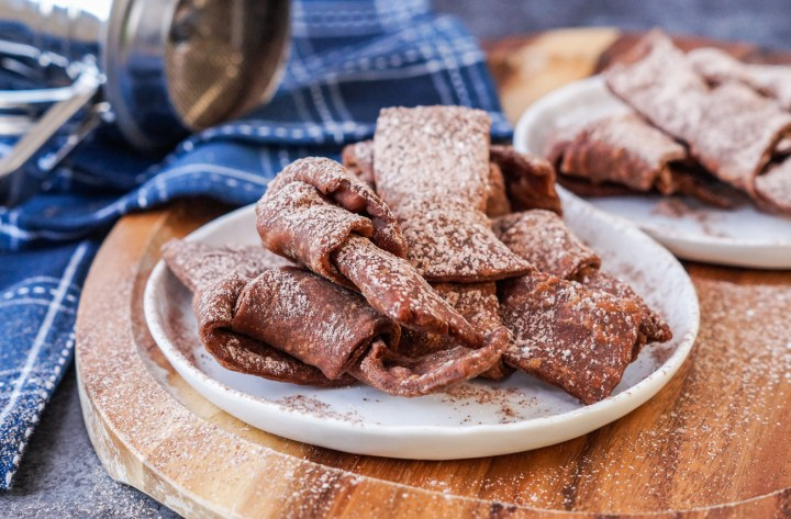 Crostoli al Cioccolato (Chocolate Crostoli)