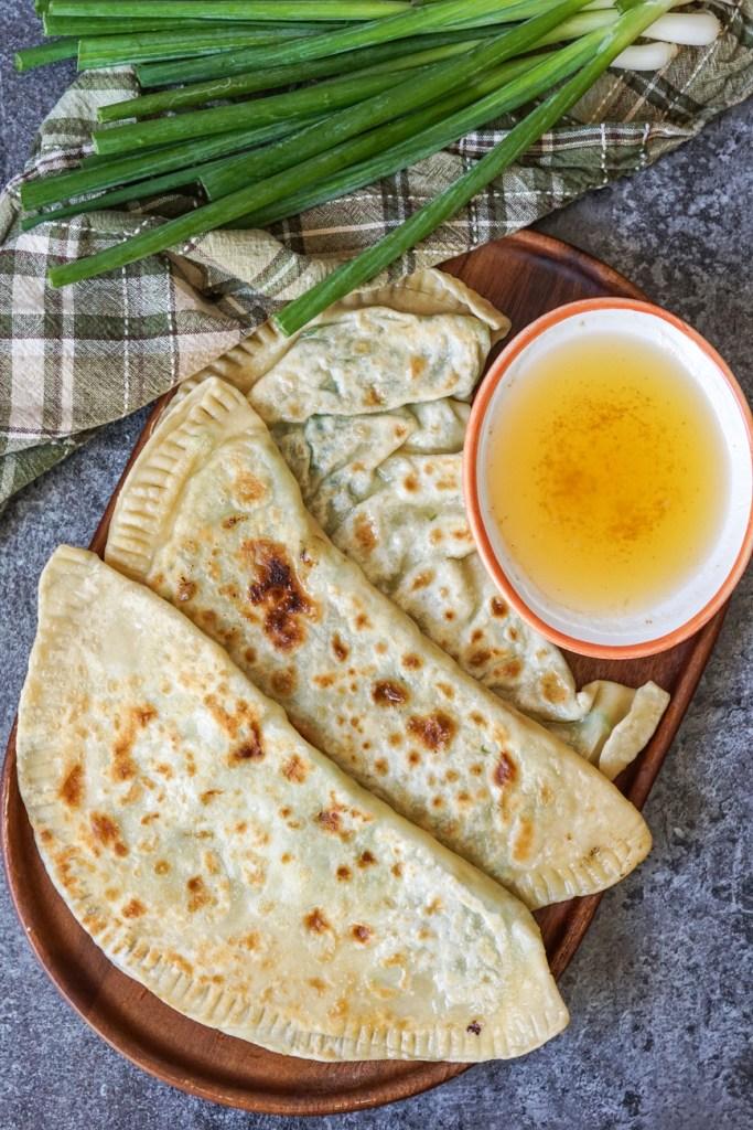 Kalāneh (Kurdish Scallion Bread with Brown Butter)