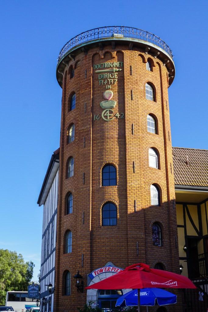 Tower Pizza inside replica of Rundetårn