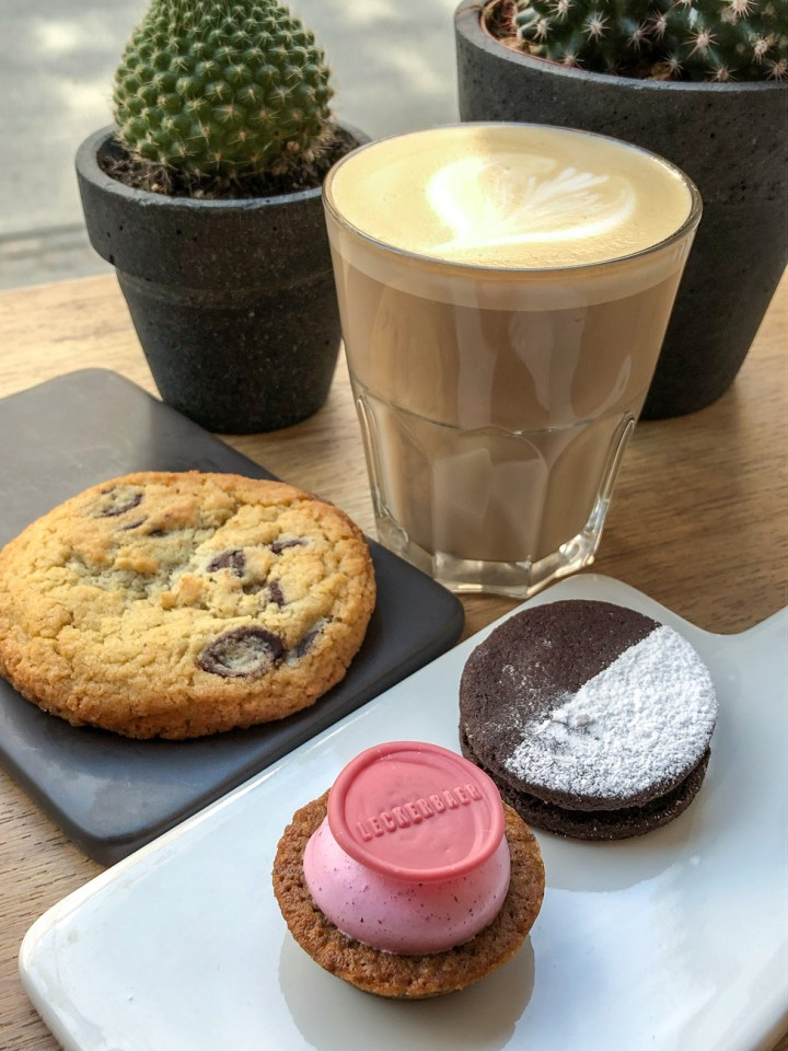 Cookies and coffee at Leckerbaer