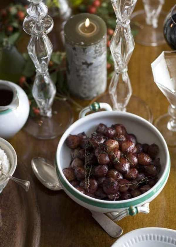 Red wine glazed pearl onions are caramelized and delicious. The perfect festive side dish.