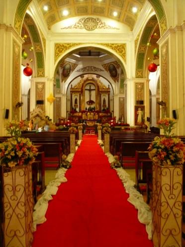 7 Naga Metropolitan Cathedral 3