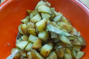 Roasted Potatoes with Garlic & Bay