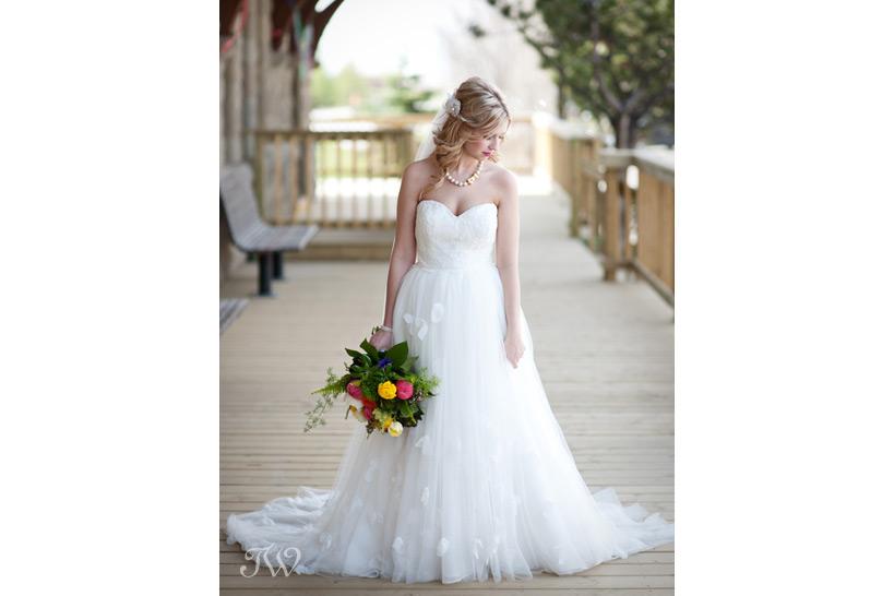 creative-wedding-photography-Tara-Whittaker-01