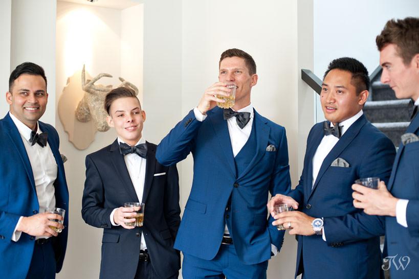 Groom with his groomsmen captured by Calgary wedding photographer Tara Whittaker