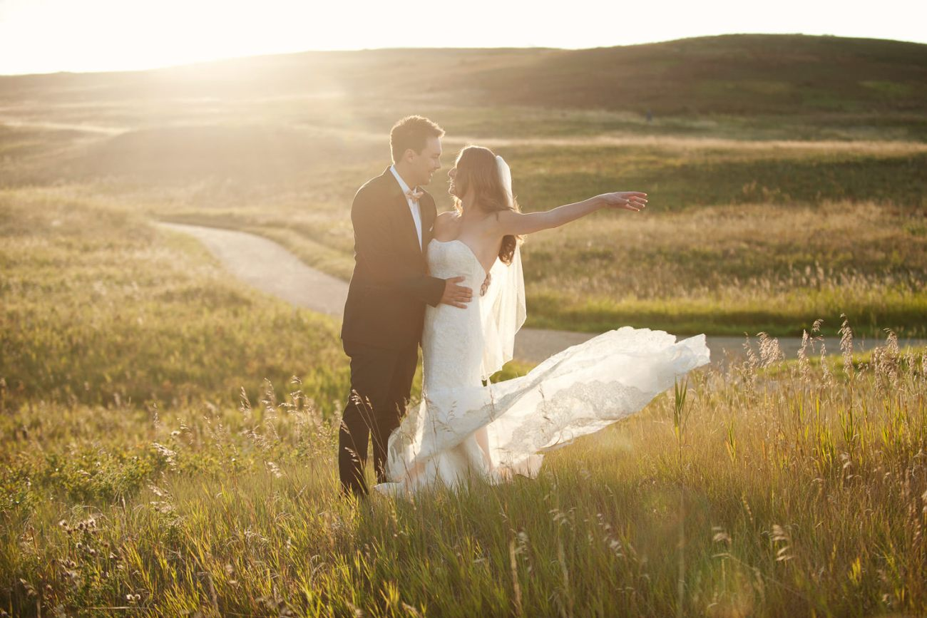 Calgary elopements with Sweet Bloom, 206 Event Co & Tara Whittaker Photography