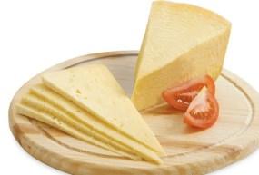 طريقة عمل الجبن الرومي في المنزل