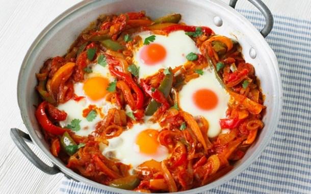 قلي البيض على الطريقة التركية
