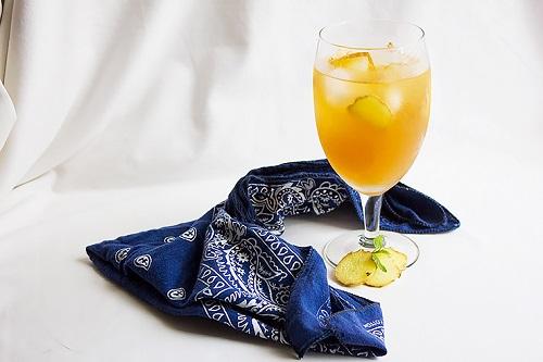 شاي الزنجبيل والليمون البارد للتنحيف