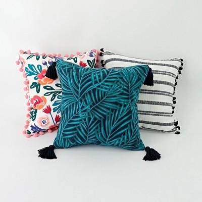 3ct 14 accent pillow set bullseye s playground
