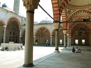 Selimiye Camii Avlusu