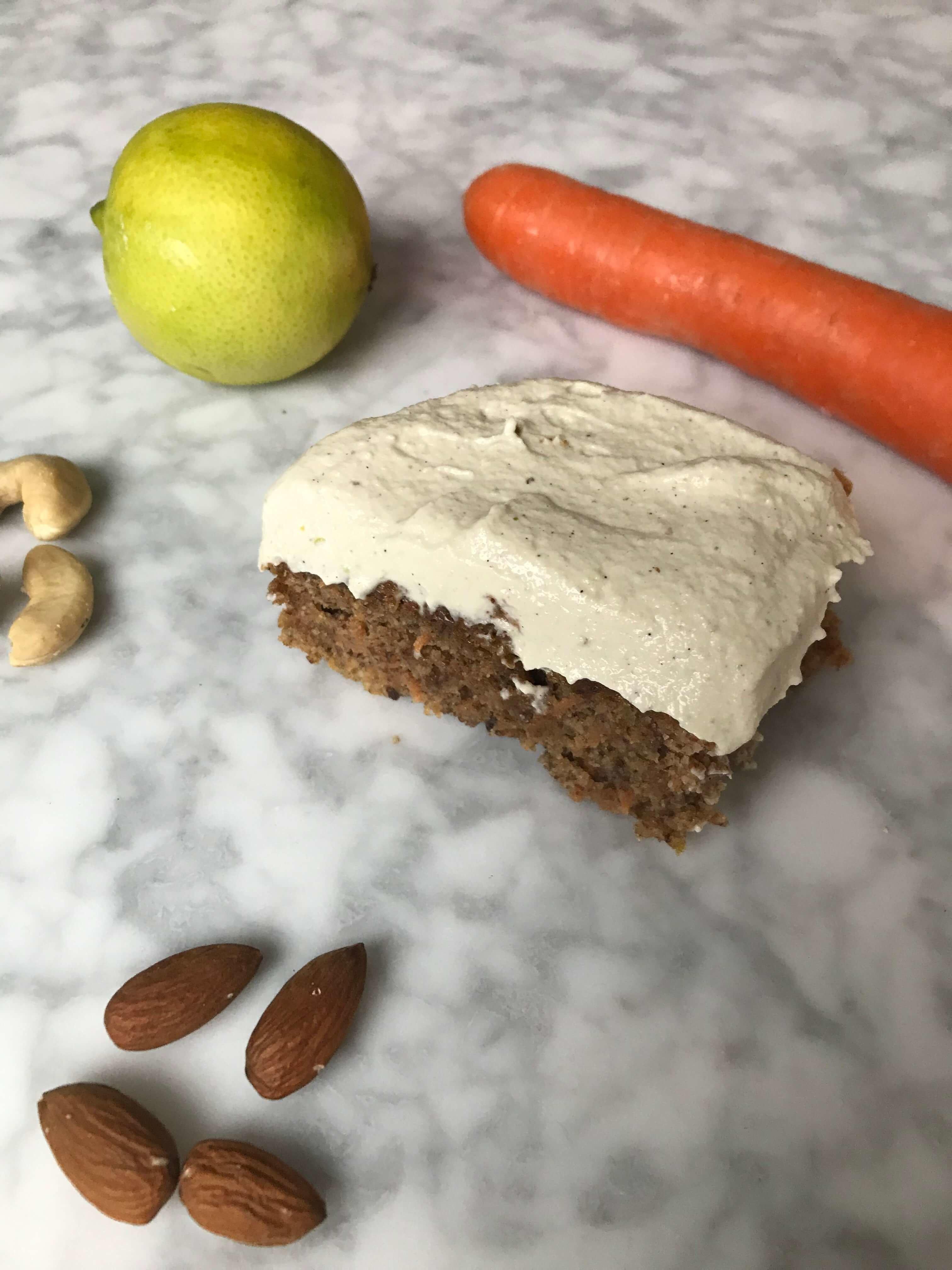 sockerfri morotskaka utan gluten och mejeri