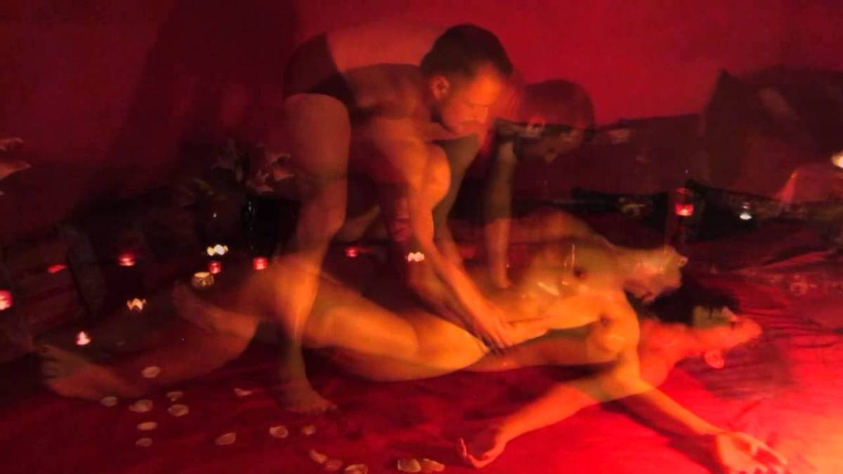 Massagem tarotântrica