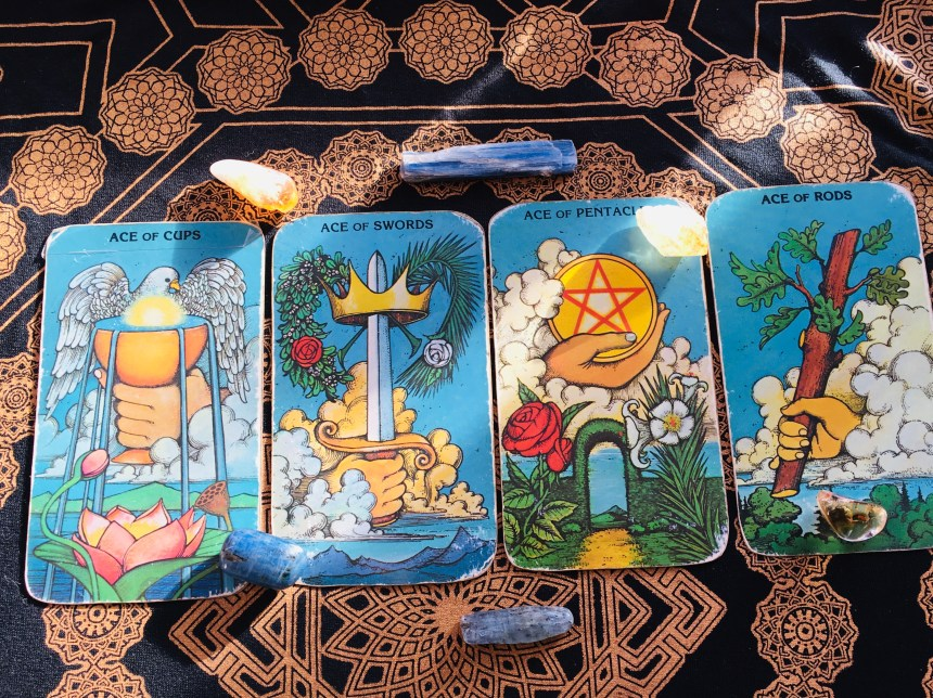 recorded intuitive readings by Tarot by Louise