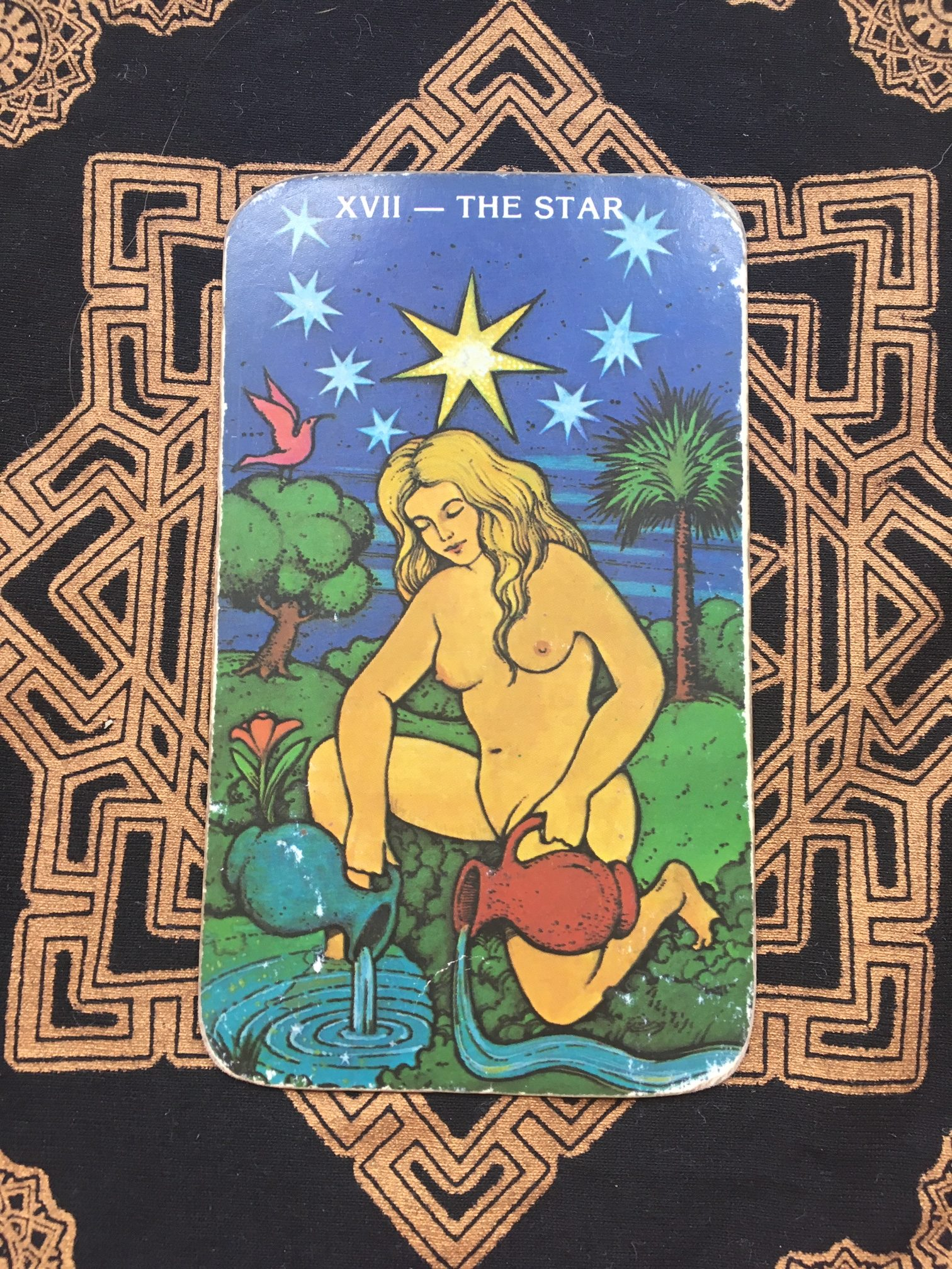 TAURUS (April 20 - May 20) The Hierophant & The King of Pentacles