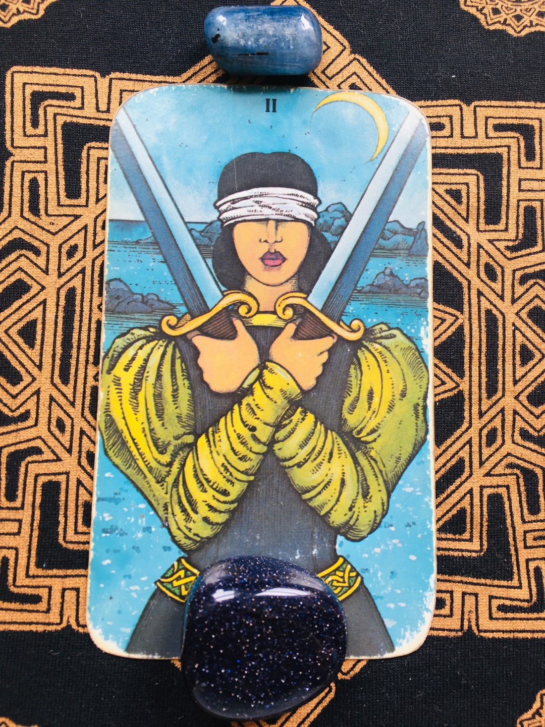 two of swords, intuitive insight