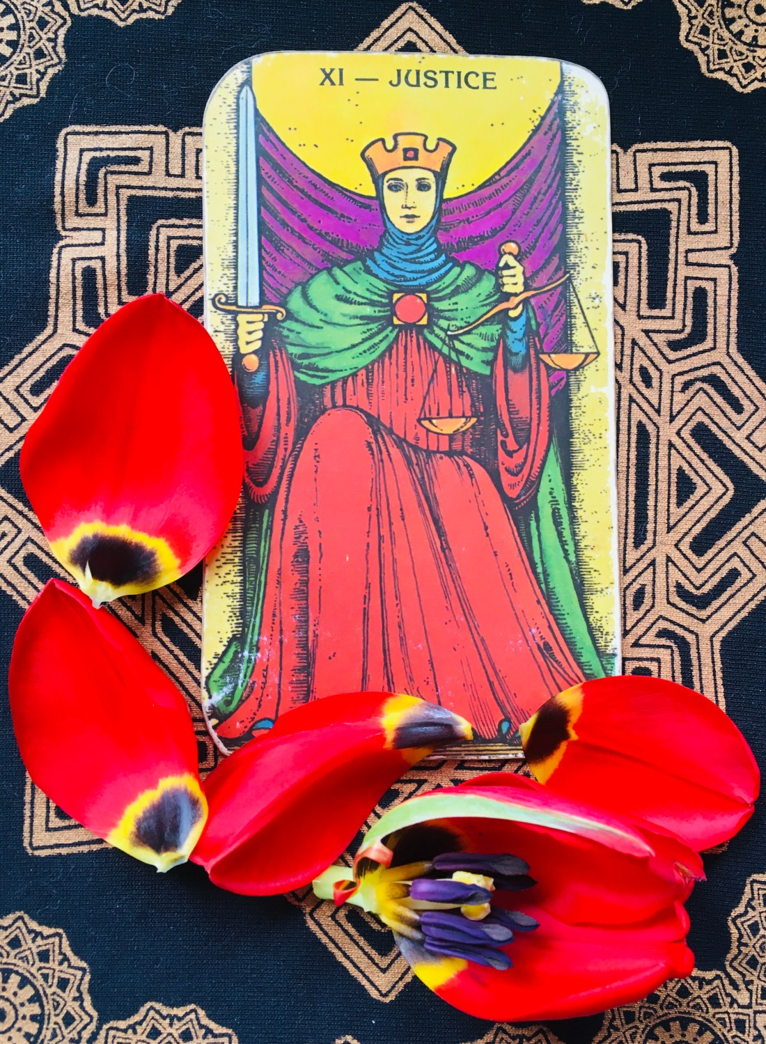 Justice Tarot card and what makes a good life?