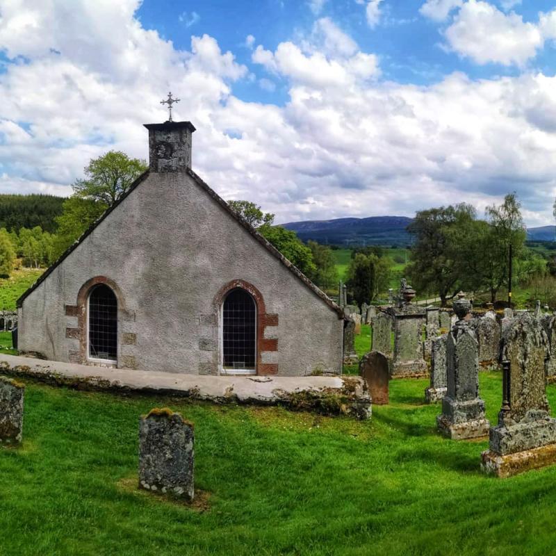 Dunlichity Graveyard