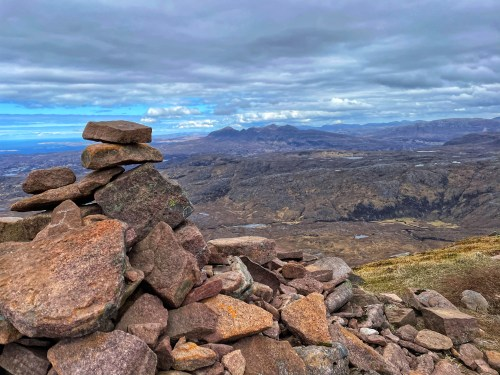 Cairn at top of Suilven