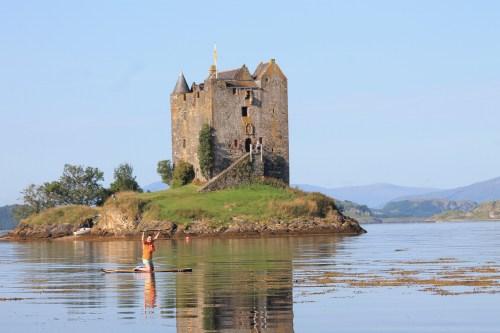 Paddle boarding to castle stalker