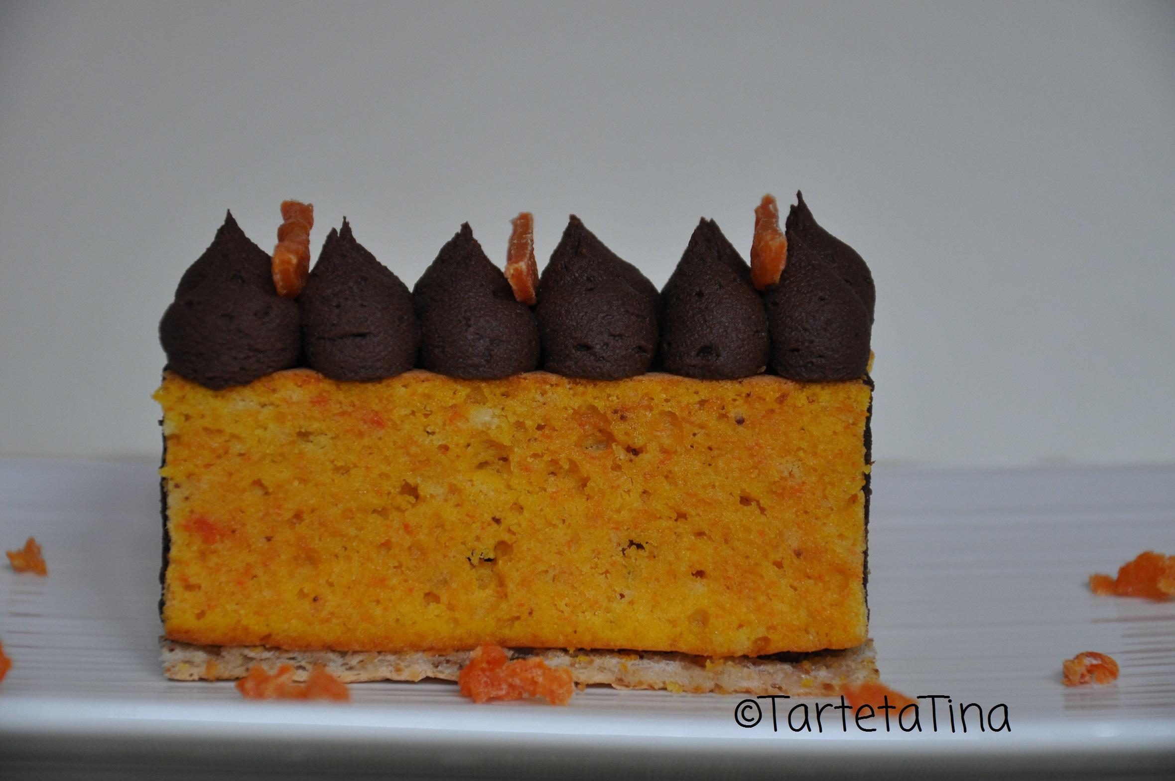 Mattoncino di zucca con croccantino di cioccolato agli amaretti