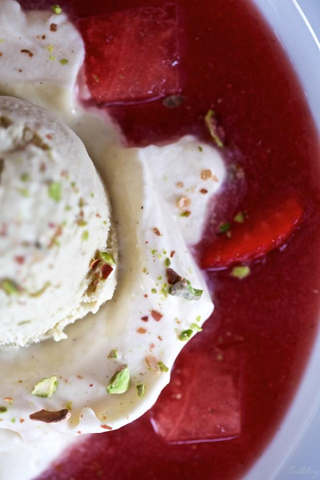 Sopa de fresa y sandía