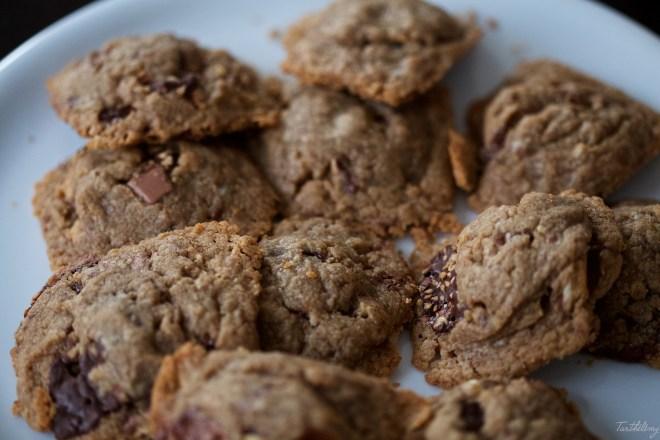Cookies de tahini y chocolate veganas