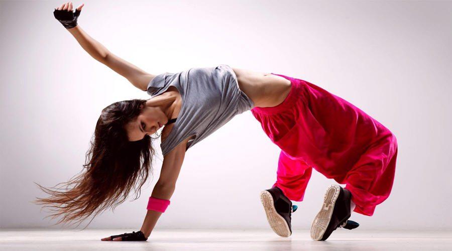 الرقـص ينشـّط المــخ وينمـيه