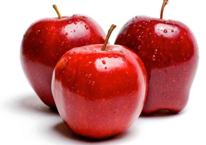 التفاح الأحمر أكثر فائدة من سائر الأنواع الأخرى