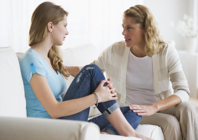 أخطاء الأهل فى التعامل مع الأبناء المراهقين