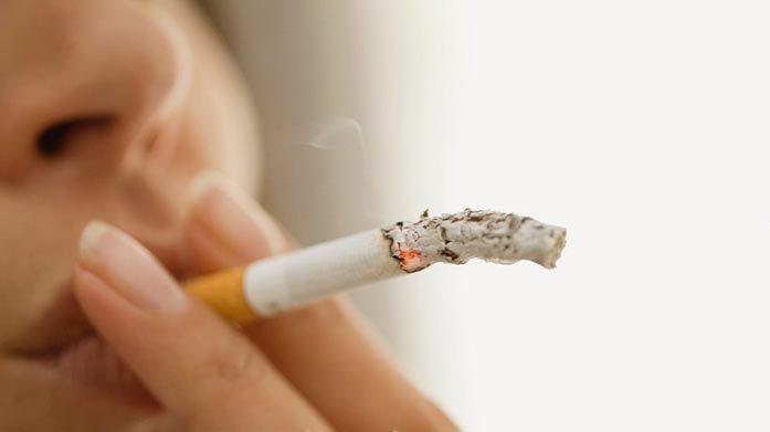 تدخين الأمهات قد يقود لإصابة الأطفال بالربو