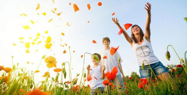 السعادة لا يمكن شراؤها بالمال.. فما هي السعادة؟