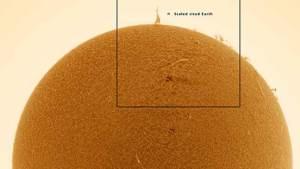 """""""برج إيفل"""" بحجم 7 أضعاف الأرض يظهر بارزا على سطح الشمس"""