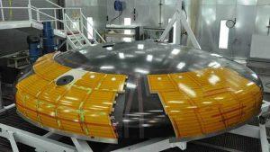 ناسا تُحضر الدرع الواقي الجديد في كبسولة أوريون استعدادا لمهمات الفضاء السحيق