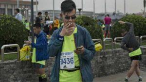 """التدخين """"قد يسبب الوفاة المبكرة لثلث الرجال الصينيين"""""""