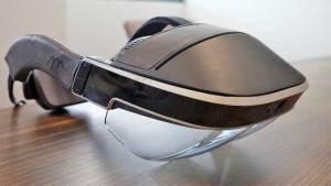 """خوذة """"ميتا 2"""" تتيح التعامل مع الأجسام الافتراضية وكأنها حقيقية"""