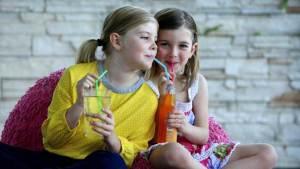 المشروبات الغازية تقتل الأطفال