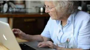 الحواسب تحمي المُسنين من الخرف