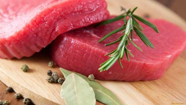 ما علاقة اللحوم الحمراء بالدورة الشهرية؟