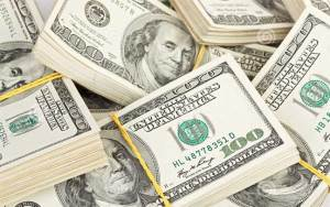 ما هو سبب اختيار اللون الأخضر لـ الدولار الأميركي؟