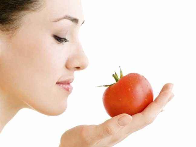 الطماطم لبشرة أكثر نضارة و إشراقة