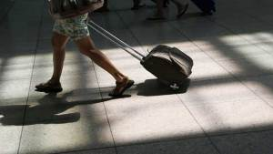 """""""شاومي"""" تكشف النقاب عن حقيبة سفر ذكية"""