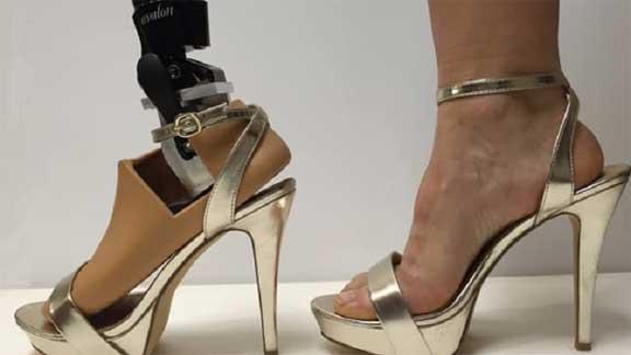 ابتكار طرف صناعي جديد لارتداء الكعب العالي